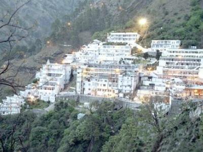 माता वैष्णो देवी के भक्तों के लिए खुशखबरी, जम्मू से सीधी हेलीकाप्टर सेवा जल्द