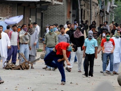 Kashmiri youth need lessons in history and culture