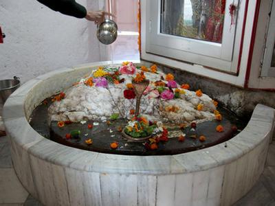 Fresh batch of 675 pilgrims leaves for Budha Amarnath