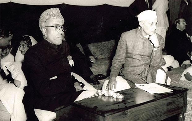दिल्ली में राष्ट्रवादी - जम्मू में सेक्युलर - कश्मीर में सांप्रदायिक: शेख अब्दुल्ला