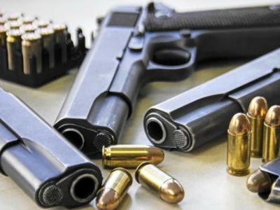 उत्तर कश्मीर में दो तंकवादी और नौ ओजीडब्ल्यूड गिरफ्तार साथ में भारी मात्रा में हथियार बरामद