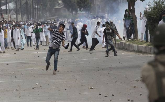 Stone Pelting during encounters: Does it help?