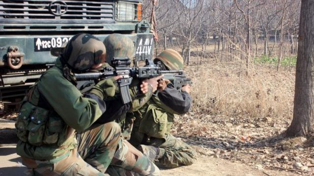 जम्मू कश्मीर के कुपवाड़ा में मुठभेड़, चार आतंकी ढेर