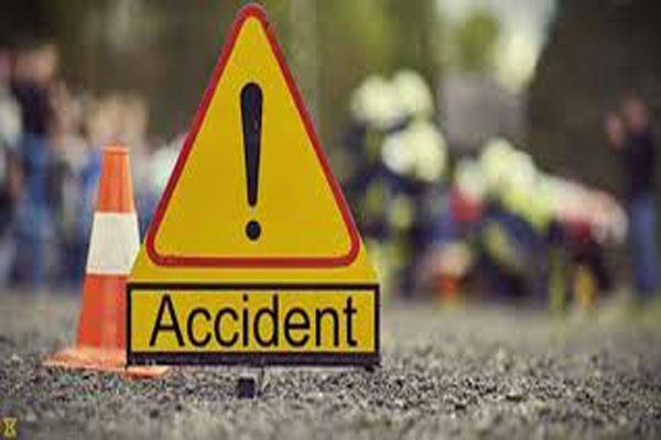 ट्रक टक्कर में एक जवान की मौत, 9 जवान घायल