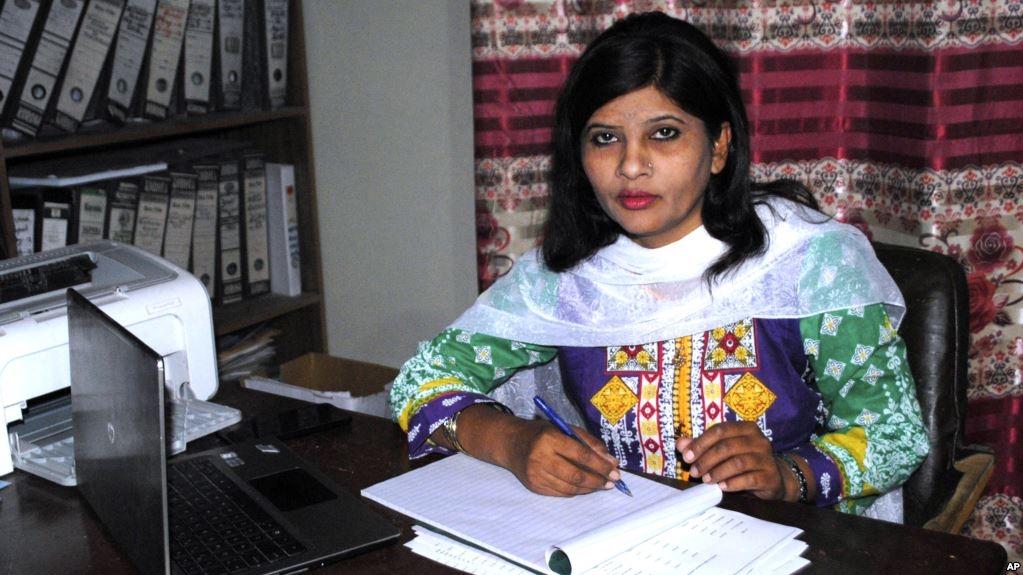पाकिस्तान में बनीं पहली हिंदू महिला सीनेटर