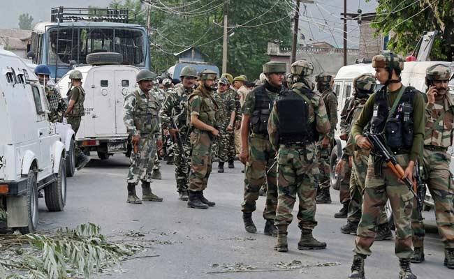 त्राल में सेना पर आतंकी हमला