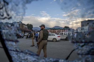 आतंकी हमले में एक कश्मीरी की मौत
