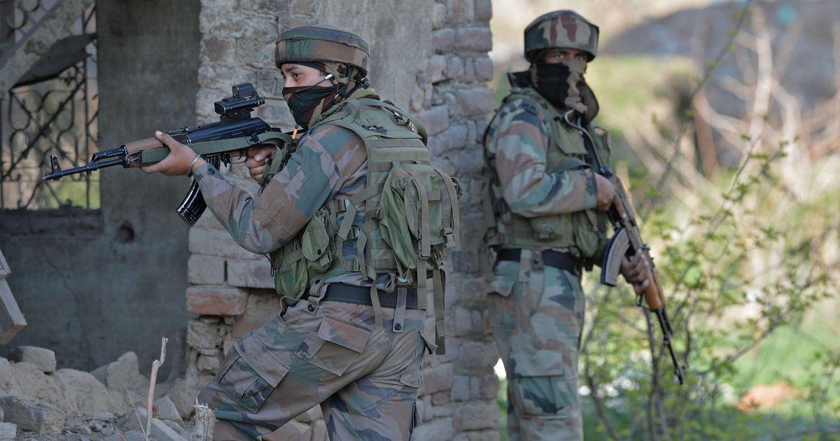 सेना ने घुसपैठ कर रहे तीन आतंकियों को किया ढेर