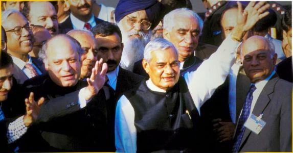 कारगिल युद्ध - अटल बिहारी बाजपेयी के शान्ति के प्रयास लेकिन पाकिस्तान ने किया कारगिल में धोखा