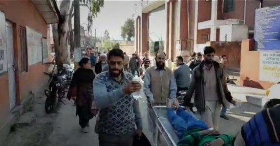 पाकिस्तान ने सिविलियन आबादी को निशाना बनाकर दागे गोले, दो नागरिक घायल