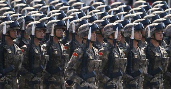 सैन्य बातचीत के बीच चीन की नई चाल , LAC पर तैनात किये 20 हजार से ज्यादा सैनिक